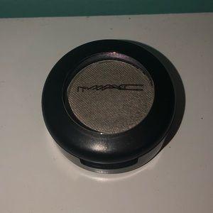 M.A.C. Eyeshadow (discontinued)